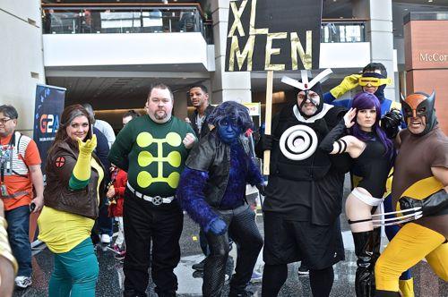 Deadpool, 2, C2E2, C2E22-16, C2E2 2016, McCormick Place, comics, comic con, Marvel, DC Comics, Thor, Avengers, Captain America, Spiderman, MockingJay, comicbooks, Warhammer, X-Men4